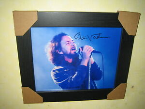 Eddie Vedder {Pearl Jam} Excellent Hand Photograph (8x10) Framed With CoA