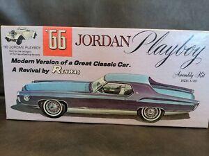 66 30 JORDAN PLAYBOY Renwal Revival Kit 1/25 Scale Plastic Model Car 105:198
