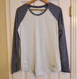 The North Face Women's Long Sleeve Mint / Gray Lightweight Shirt Thumbholes LG