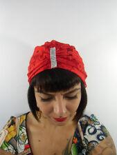 Bonnet turban dentelle rouge rangée strass bijou front rétro pinup original