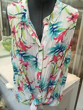 Sleeveless  Shirt /  Blouse. White Aqua & Red Lily  Floral Print  24 Bnwt ��