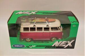 1/24 Welly 1963 Volkswagen T1 Bus Red / Cream VW Kombi with Malibu Surfboard