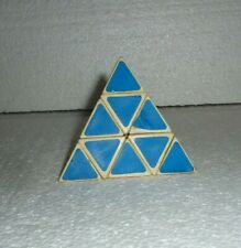 Vintage Pyraminx TRIANGLE RUBIKS CUBE    S-26