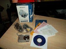 SONY CYBER-SHOT DSC-S500 6.0MP DIGITAL CAMERA - BUNDLE - WORKS GREAT.