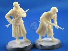 Peddinghaus 1/48 German Soldiers in Winter Clothing Set WWII (2 Figures) NW017