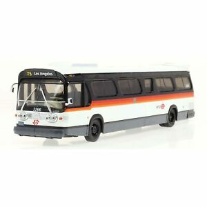 GM New Look Fishbowl TDH-5303 Los Angeles Metro Bus - Bandit Scheme