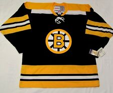 BOSTON BRUINS - size XL - 1967-1973 - CCM 550 VINTAGE series Hockey Jersey Laces