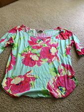 Abercombie and Fitch floral top size women small