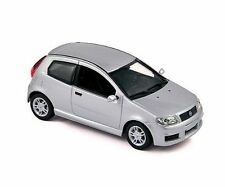 NOREV 771078  Fiat Punto 2003 Sporting, silver 1:43 suberb detail