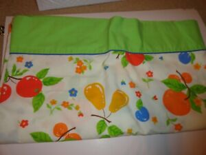 Vintage 1970's Martex Percale Multi Colored Fruit Full Flat Sheet