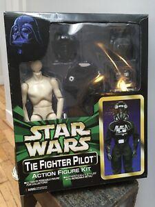 Figurine TIE Fighter Pilot Marmit Star Wars 1/6 NEUF