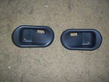 1999-2004 Discovery 2 Front Inner Door Handle Bezel (Left and Right)