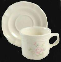 Pfaltzgraff Tea Rose Coffee Cups and Saucers Set (4 cups & 3 Saucers) EUC