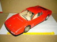 BURAGO Ferrari Testarossa 1984 rot, mit Ständerteil, 1-18