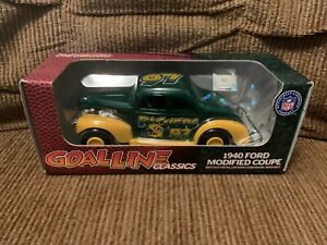1940 Ford Modified Coupe-Goal Line Classics-Green Bay Packers-Coin Bank-NIB