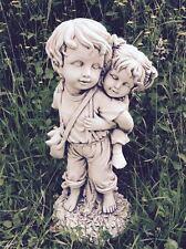 BOY & GIRL PIGGY BACK STATUA LATTICE ornamentale da giardino MUFFA (CHILD2)