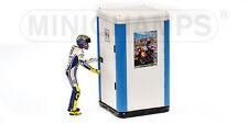 1:12 Minichamps Valentino Rossi Figure Figurine Jerez 2009 & Mobile Lavatory NEW