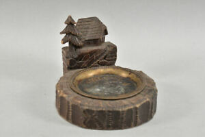 h15c25- Aschenbecher Holz geschnitzt, mit Metalleinlage