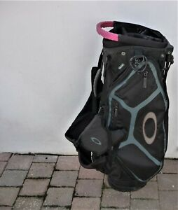 Oakley carry/stand golf bag. Used.