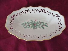 Lenox Christmas Holiday Holly & Berries Pierced Oval Candy Dish / Server