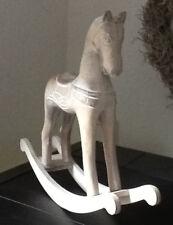 Schaukelpferd aus Kunstholz - Schaukelpferd 26 cm Höhe 24cm Weiß gewaschen