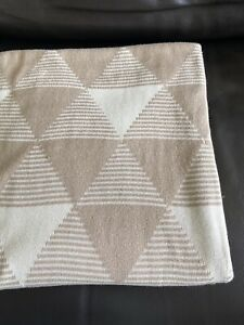 Morgan And Finch Throw Blanket