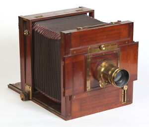 Full Plate English Camera with Brass Lens
