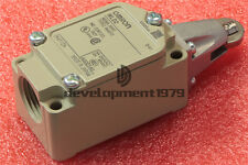 1PCS OMRON Limit Switch WLD2 New