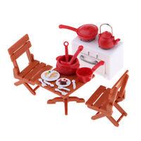 Puppenhaus Miniatur Kunststoff Picknicktisch mit Stühlen & Kochgeschirr
