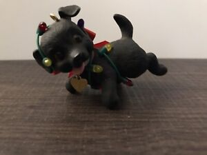 Hallmark Keepsake Puppy Love Ornament.1998.Pre-Owned