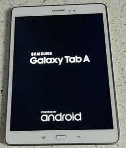 """Samsung Galaxy Tab A SM-T550 - 9.7"""" White 16GB Wi-Fi Tablet with USB Cable Only"""