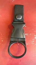 Bottle Carry Clip for Luggage Works Pilot Roller Bag & other Paradox Aviation