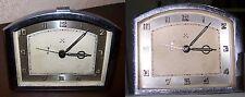 Años 40. Reloj cuerda despertador de mesita en hierro cromado.