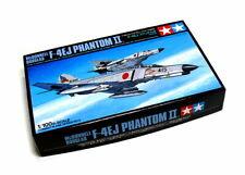 Tamiya 61605 Mcdonnell Douglas F-4EJ PHANTOM II  plastic model kit 1/100
