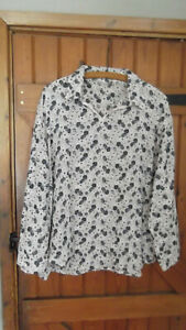 Ladies COTTON SMOCK TOP (long bell shaped sleeves ) pale pink/navy) 18