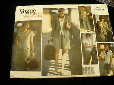Vogue Career Wardrobe sewing pattern No. 2637 size 6-10