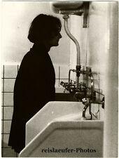 Edgar Roskis: A public toilet somewhere in Paris, Original Photo, ca. 1980
