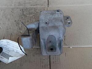 VOLKSWAGEN GOLF LEFT SIDE ENGINE MOUNT, GEN 4 09/98-06/04
