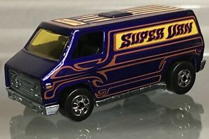 MINT LOOSE Hot Wheels The Hot Ones Weekend Machines NASTY royal blue Super Van