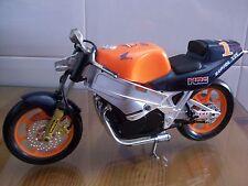 Moto Honda naranja
