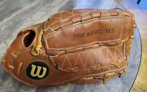 WILSON The A2000 XLC Dual Hinge Baseball Glove RHT Japan pro back