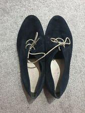 Womens Jones blue Flat Shoes Size 5 mint condition