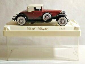 Solido Âge D'Ou 1:43 Cordon Coupe - Noir & Marron Avec Crème Toit - #4080 - Tubé