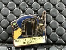 PINS PIN BADGE GARAGE CAR RENAULT RADIO TELEPHONE