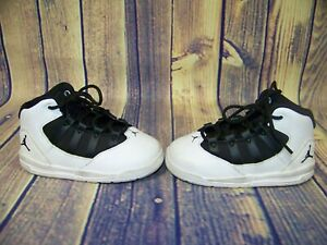 Nike Toddler Boys Black And White Jordan Sneakers Size US 7