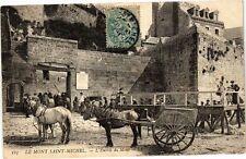 CPA  Le Mont-Saint-Michel - L'Entrée du Mont  (245691)