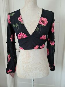 NOBODY'S CHILD LONG SLEEVE BLACK PINK FLORAL CROPPED CROP TIE TOP OPEN BACK 8-12