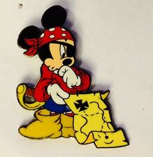 Disney Pin DLR Where's Mickey Pin Event New Orleans Square
