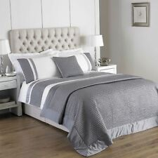 QUILTED FAUX SILK BAND SILVER WHITE KING SIZE COTTON BLEND DUVET COVER