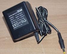 Stecker Netzteil 4,5V DC 700mA Hohlstecker 4 / 1,7 mm AC-DC Adaptor T4145700D  2